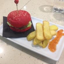 Hamburguesa Roja - El Cafe del Parque