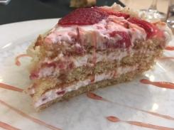 Tarta de fresa y nata