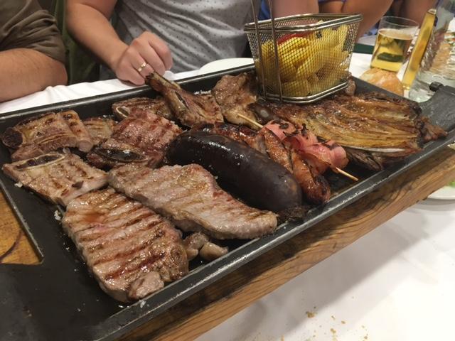 Parrillada mixta de carne