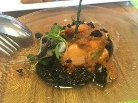 Mejillón con ajo negro