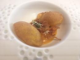 Yema de huevo con jugo de salazón y maiz